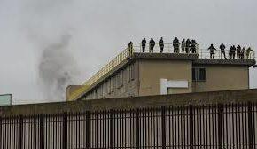 Carceri: Restiamo umani