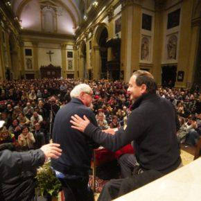 Momenti che ridanno fiducia: l'abbraccio di Verona a Mimmo Lucano e Alex Zanotelli